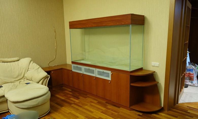 большой аквариум для крупных рыб
